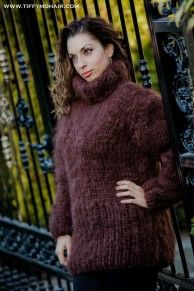 New  TIFFY Mohair T- neck Sweater Dress Hand Knitted Fuzzy Fluffy Thick Unisex T5