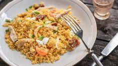Kuřecí maso s kuskusem, sýrem a rajčaty Gnocchi, Fried Rice, Risotto, Fries, Feta, Ethnic Recipes, Nasi Goreng, Stir Fry Rice