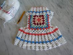 Granny square dress - how cute! I would make this for you Vylette in Rainbow colors .maybe I will make it and dress your Vyolet doggie or your sheepysheep. Crochet Toddler, Crochet Girls, Crochet For Kids, Crochet Dog Clothes, Crochet Dog Sweater, Crochet Granny, Crochet Stitches, Knit Crochet, Crochet Crafts