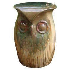 Owl stool/table. How cute!