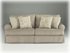 Cottage Linen Candlewick Living Room Sofa - http://www.furniturendecor.com/cottage-linen-candlewick-living-room-sofa/