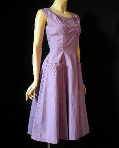Alice Edwards 1950s Pretty Lilac Day Dress With Moulded Bodice And Useful Pockets!