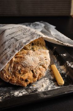 Smoke your own olives and onions for this beer bread recipe. Beer Bread, Bread Bun, Bread Recipes, Baking Recipes, Our Daily Bread, Bread N Butter, Freshly Baked, Easy Cooking, Soul Food