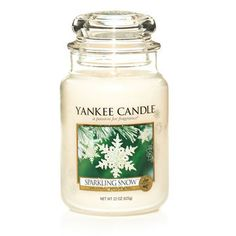 Sparkling Snow™ smells of the crisp, naturally fresh scent of gleaming, snow-covered pines with hints of patchouli and fruit.