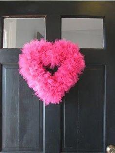 DIY #easy valentines tulle wreath.