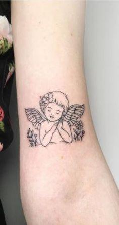Tatoo Angel, Small Angel Tattoo, Angel Tattoo For Women, Cupid Tattoo, Cute Tattoos For Women, Cool Tattoos For Guys, Tattoo Designs For Women, Leg Tattoos Small, Mini Tattoos