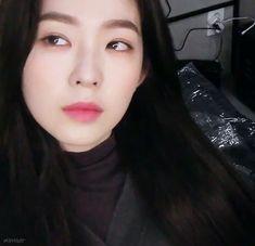 Seulgi, Irene Red Velvet, Magazine Layout Design, Aesthetic Gif, Korean Girl, Asian Girl, Ulzzang, Kpop Girls, Idole