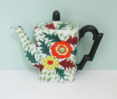 1940s Hand Painted Floral Teapot Made in Japan by Hotta by Tparty