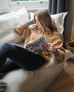 "Kerry Lockwood on Instagram: ""Cosy layers 🖤 #styleyourtuesdayyourway #discoverunder20k #fashionaddict #mystylemanifesto #effortlessandstylish #myfashiondiary…"""