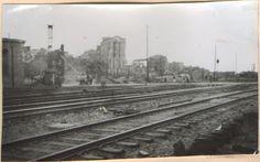 Вид на юго-восток со стороны железнодорожных путей ведущих к мостам через реку Дон. На общем плане выделяется элеватор хлебозавода №1, который сохранился до наших дней. (Идентификация В.В. Долбнина)