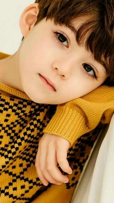 Baby Girl Cute Ulzzang Ideas For 2019 Cute Asian Babies, Korean Babies, Asian Kids, Cute Babies, Cute Baby Boy, Cute Little Boys, Cute Boys, Cute Kids Pics, Cute Baby Girl Pictures
