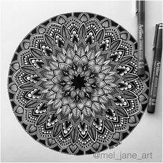 beautiful design by Mandala Doodle, Mandala Art Lesson, Mandala Artwork, Mandala Painting, Mandala Drawing, Doodle Art Drawing, Zentangle Drawings, Art Drawings, Zentangles