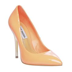 Steve maddens LEENA coral patent pumps Coral pumps with a few scuffs as seen in the photos. Great condition only worn twice ! Make an offer Steve Madden Shoes Heels