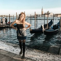 There was no way I could afford a gondola ride in Venice, but it's free to snap a pic with them 😉 Venice, Thrifting, Leather Skirt, Calvin Klein, Girly, Repurposed, Skirts, Vintage, Coffee
