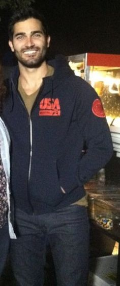 General picture of Tyler Hoechlin - Photo 39 of 86
