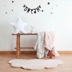 WEBSTA @ lilipinso - Dream ⭐️ Rêver ⭐️ A soñar ⭐️ Repost @decoandkids・・・❤ #decoandkids #lilipinso #lilipinsoandco #lilipinsorug #cloudrug #babyrug #deco #decor #decorate #decokids #decorkids #babygirl #babygirls #kidsroom #kids #kidsdecor #kidsinterior