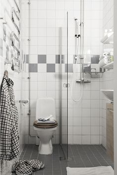 Mała łazienka z prysznicem