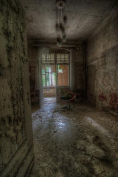 size: Photographic Print: Haunted Interior by Nathan Wright : Abandoned Mansions, Abandoned Places, Creepy Houses, Halloween Scene, Photo Reference, Dark Art, Old Houses, Find Art, Framed Artwork