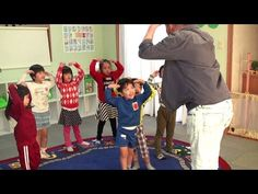 The Elephant Dance is a simple and fun song with lots of actions to learn body parts. Great for young learners, preschool, kindergarten and the ESL / EFL cla. Kindergarten Music Lessons, Music Lessons For Kids, Lesson Plans For Toddlers, Kindergarten Curriculum, Nursery Activities, Music Activities, Kids Songs With Actions, Preschool Poems, Action Songs