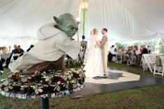 Finally Friday ---> It's official. When my wedding day arrives, it's going to be an absolute Star Wars geek fest! And why not? (May 30)