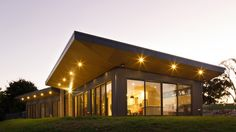 Willow Grove / Finnis Architects