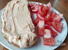 7 skvělých a rychlých receptů na jarní pomazánky | NejRecept.cz Camembert Cheese, Cabbage, Vegetables, Desserts, Food, Easter, Meal, Deserts, Essen