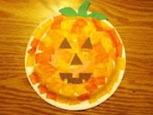 A fun pumpkin craft for children for an outdoor movie event in the fall - Southern Outdoor Cinema expert tip for theming and enhancing an outdoor movie event.