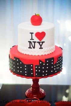 New York City Bridal Shower via Kara's Party Ideas KarasPartyIdeas.com #iloveny #iheartny #newyorkcity Cake, decor, invitation, supplies, and more! (6)