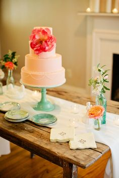 Pink and Mint Wedding by Kristyn Hogan and Historic Cedarwood - Southern Weddings Magazine