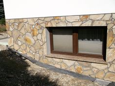 Elewacja kamienna - Dzikówka  Zobaczcie nasze realizacje na www.hanwil.pl biuro@hanwil.pl tel: 667 083 023  Oferujemy marmur, granit, kwarcyt, wapień, gnejs oraz wszelkiego rodzaju kamienie dekoracyjne.
