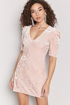 Forever 21 is the authority on fashion & the go-to retailer for the latest trends, styles & the hottest deals. Shop dresses, tops, tees, leggings & more! Pink Velvet Dress, Velvet Dresses, Pink Dress, Pink Long Sleeve Dress, Dress Long, Night Out Outfit, Fashion Design Drawings, Necklines For Dresses, Jumpsuit Dress