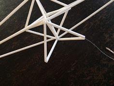 Innostu-Onnistut: Jättitähti -sisustushitti - OHJE Christmas Ideas, Table, Furniture, Home Decor, Craft, Decoration Home, Tables, Home Furnishings, Interior Design