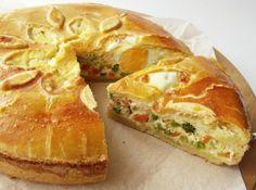 Húsvéti pite Dessert Drinks, Dessert Recipes, Gnocchi, Quiche Muffins, Vegetable Pie, Braided Bread, European Cuisine, Hungarian Recipes, Hungarian Food
