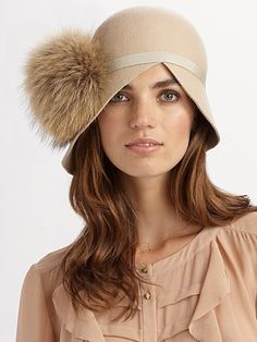 Love this hat. Perfect for Cheltenham.