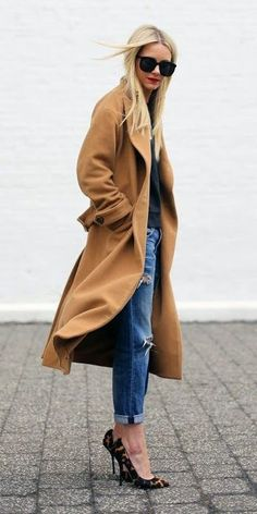 Camel coat, boyfriends jeans and leopard pumps.