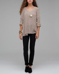 sweater & black jeans for fall, easy and effortless.