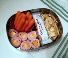 Keeley McGuire: Lunch Made Easy: 20 Non-Sandwich School Lunch Ideas for Kids! Keeley McGuire: Lunch Made Easy: 20 Non-Sandwich School Lunch Ideas for Kids! Non Sandwich Lunches, Lunch Snacks, Healthy Snacks, Snack Box, Whats For Lunch, Lunch To Go, Lunch Time, Lunch Saludable, Good Food