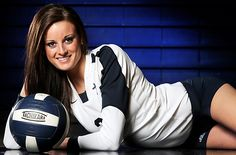 Volleyball Senior Portrait Poses grab your favorite hot girl hd wallpaper from this amazing collection of hot girl wallpapers Volleyball Team Pictures, Volleyball Poses, Senior Pictures Sports, Senior Photos, Sports Pics, Volleyball Mom, Soccer, Softball Pictures, Cheer Pictures