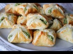 Heavenly Spinach, Parsley And Feta Cheese Puff Pastry Pockets - By One Kitchen Spinach Cheese Puffs, Spinach Puff Pastry, Cheese Pastry, Tapas, Parsley Recipes, Spinach And Feta, Banana Recipes, Food Processor Recipes, Vegetarian Recipes