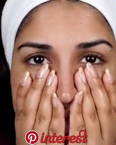 How to clear ACNE in 4 days! - Awesome MakupDo this at night! Only once a week! Keep your skin HYDRATED! By day 4 the pimps will be dead and gone! WHY THIS WORKS: Tea Tree- reduces redness, slays acne bacteria Rhassoul Clay- literally sucks the… Beauty Care, Beauty Skin, Beauty Hacks, Beauty Guide, Diy Beauty, Beauty Ideas, Beauty Makeup, Natural Beauty Tips, Natural Skin Care
