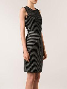 Ärmelloses Kleid mit Nadelstreifenmuster