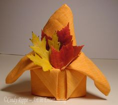 Art in Entertaining by Cindy Rippe: Autumn Napkin Folds: Crown fold instructions can be found at the following link: https://www.brightsettings.com/napkin-folding-The-Crown.html
