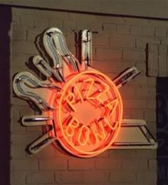 """The Pizza Bowl neon sign from """"Laverne & Shirley"""". Pizza Bowl, Michael Mckean, Penny Marshall, Cindy Williams, Laverne & Shirley, From Rags To Riches, Those Were The Days, Old Shows, Bob Ross"""