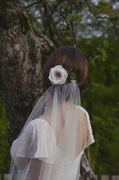 Blush Pink Veil, Floral Veil, Unique Veil, Bridal Headpiece, Rose Hair Clip,50s Bride, Vintage Wedding, Floral Headpiece,Short Wedding Veil