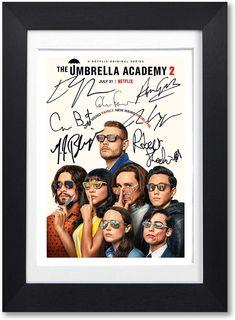 Poster Series, A4 Poster, Funny Umbrella, I Love Cinema, Stranger Things Netflix, Cute Actors, Future Boyfriend, Robert Sheehan, Memes