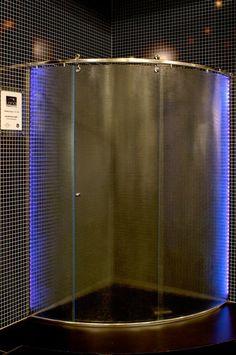 Blog da Revestir.com: Demais!!! Box com cromoterapia, lançamento da Ideia Glass