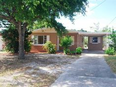 510 Avenue U Ne, Winter Haven FL: 3 bedroom, 1 bathroom Single Family residence built in 1961.  See photos and more homes for sale at http://www.ziprealty.com/property/510-AVENUE-U-NE-WINTER-HAVEN-FL-33881/21806763/detail?utm_source=pinterest&utm_medium=social&utm_content=home