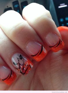 Spooky Halloween nail design