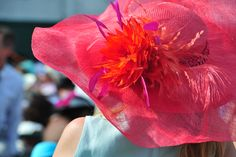 Big Beautiful hats at the Kentucky Derby. www.kentuckyderby.com