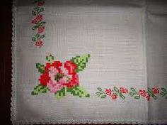 Resultado de imagen para manteles bordados a mano Napkins, Punto De Cruz, Dots, Manualidades, Towels, Dinner Napkins
